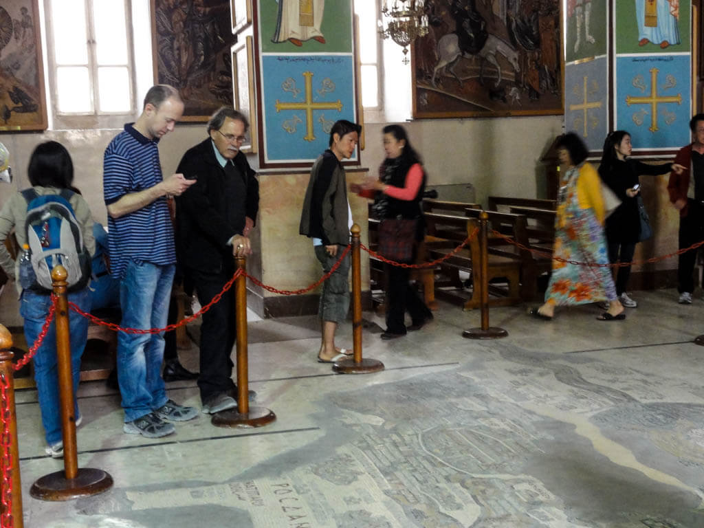 Easter in Jordan: St George s Greek Orthodox Church, Madaba