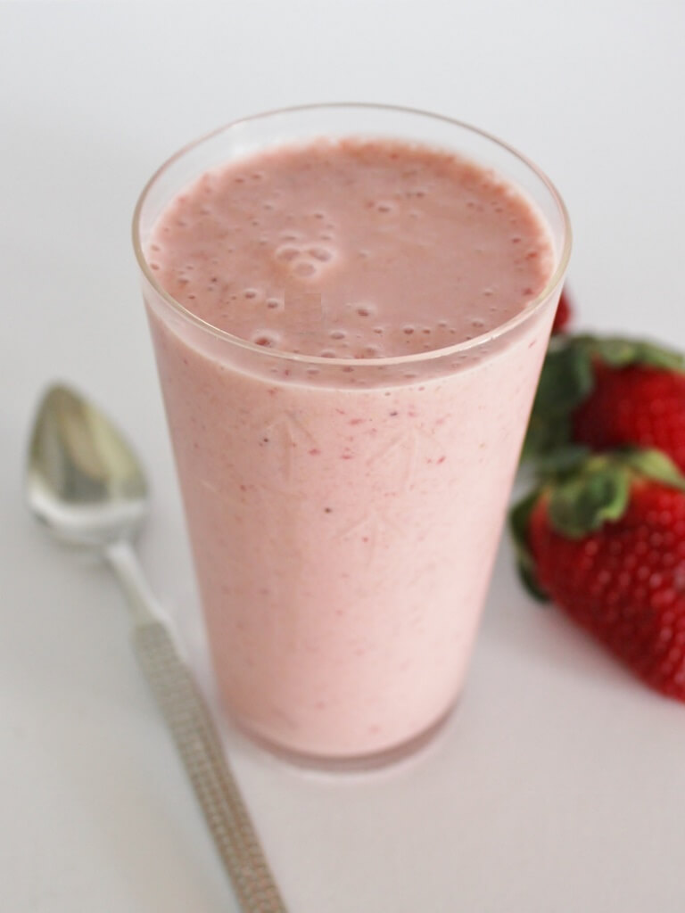 My Strawberry and Wheatgerm Smoothie. Photo source: Judith Salecich 2016.