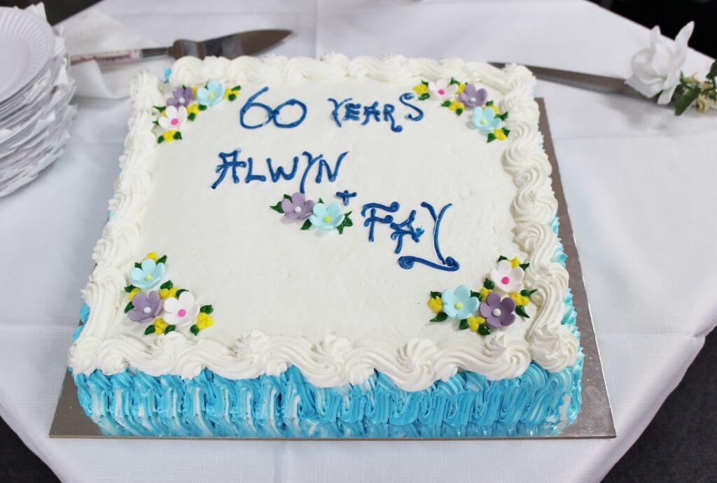 The 60th wedding anniversary cake. Photo source: Judith Salecich 2016.