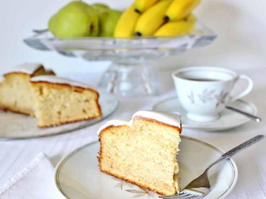 Banana Yoghurt Cake sliced and served. Photo source: Judith Salecich 2016.