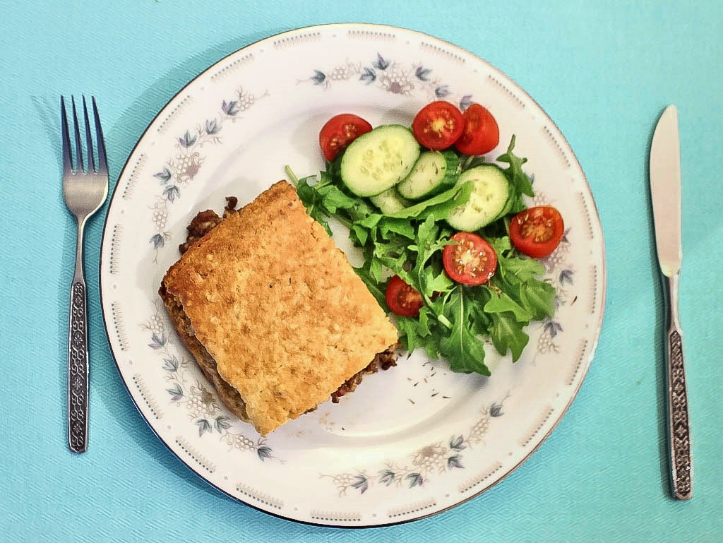 Serve pie with a light salad or steamed vegetables. Photo source: Judith Salecich 2018.