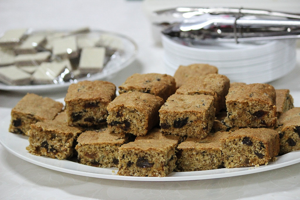Health Slice recipe doubled, this quantity suitable for serving a large group. Photo source: Judith Salecich 2019.