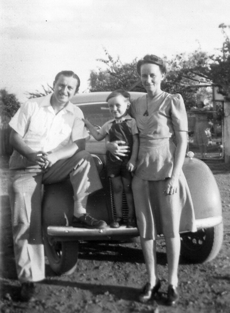 c. 1949. My father, brother and mother Evelyn during a visit to her parents at Rannes. Photo source: Proposch Family archives.