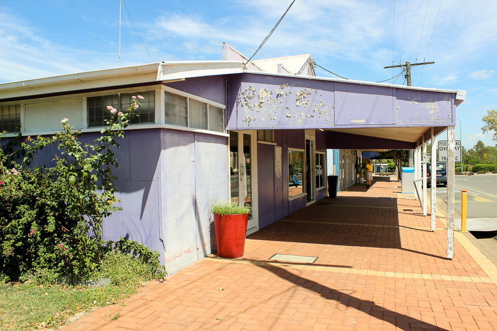The Culture Shack, 31 Gillespie Street, Moura. Photo source: Judith Salecich 2018.