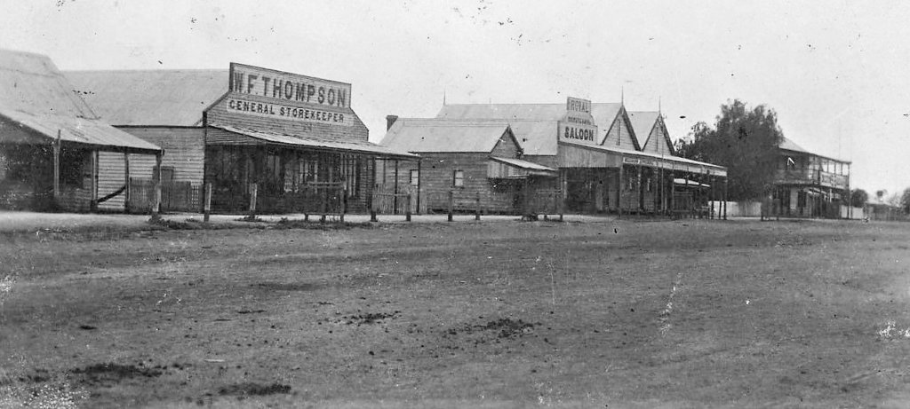c. 1906. The main street of Aramac, Queensland. W. F. Thompson General Store and the Royal Hotel can be seen. Photo source: Aussie Mobs. Public domain.
