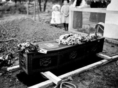 1900-1910. Negative- Coffin, Cemetery Irymple, Victoria.