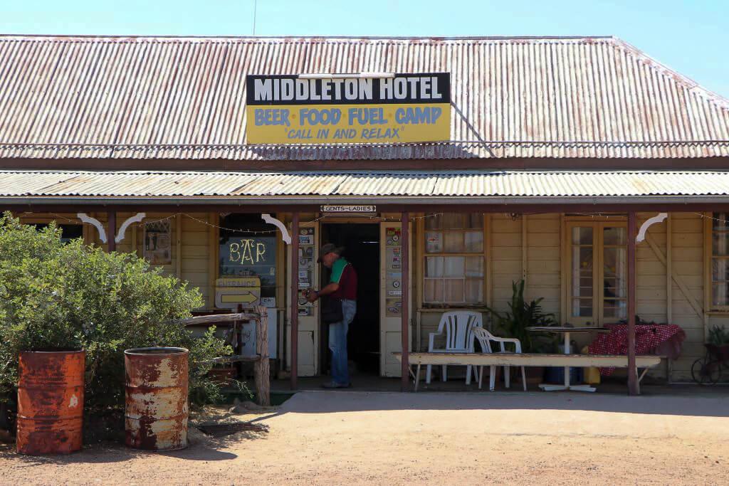 Entrance, Middleton Hotel, Middleton, Queensland.