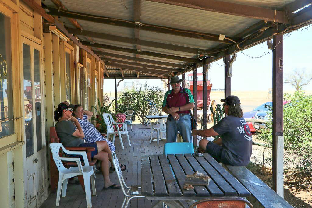 With Val and two other hotel guests on the front verandah, Middleton Hotel, Queensland.